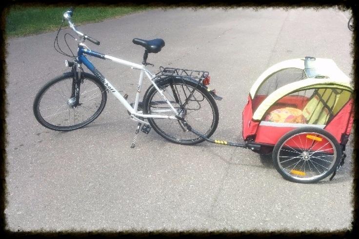 dviratis su priekabėle