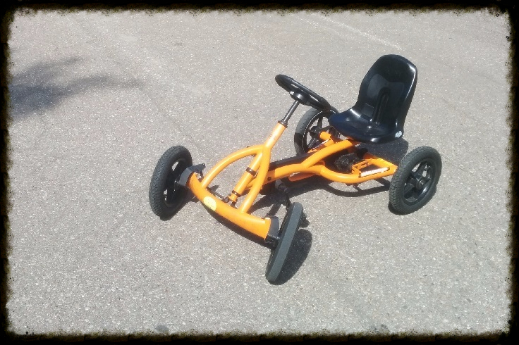 vaikiškas velomobilis